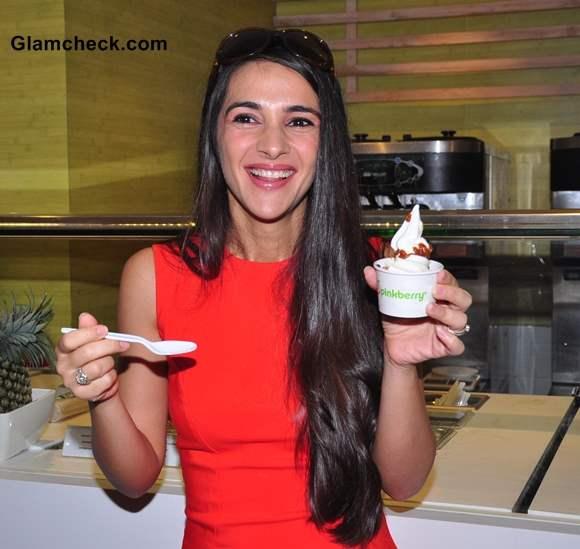 Tara Sharma Launches Pinkberry in Mumbai