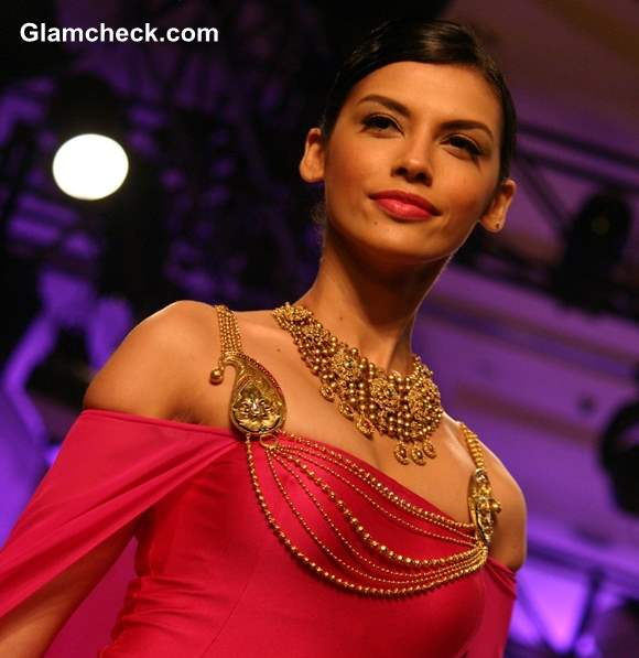 The Azva Collection India Bridal Fashion Week 2013