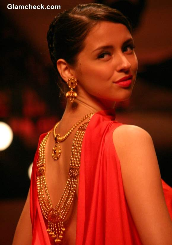The Azva Show India Bridal Fashion Week 2013
