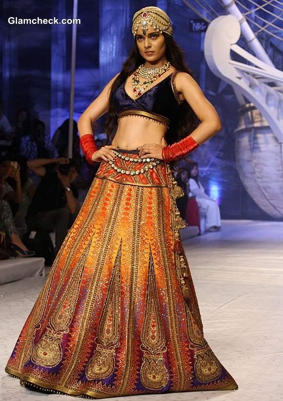 kangana Ranaut India Bridal Fashion week 2013