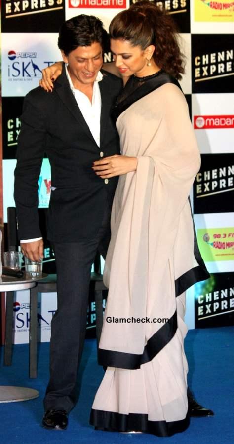 Deepika Padukone IN Sari Chennai Express Promo