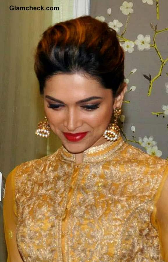 Deepika Padukone Traditional Festive Season Look 2013 makeup