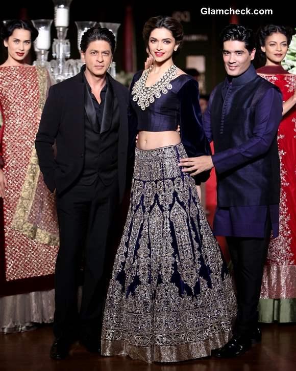 Deepika Shrukh for Manish Malhotra Delhi Couture Week 2013