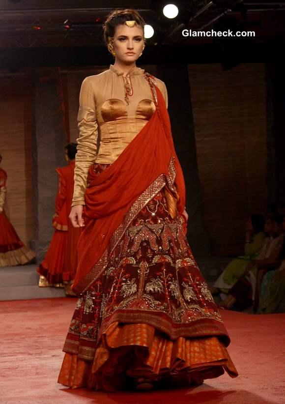 Delhi Couture Week 2013 Anju Modi designs