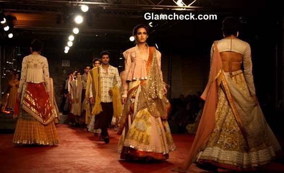 Delhi Couture Week 2013 Designer Anju Modi