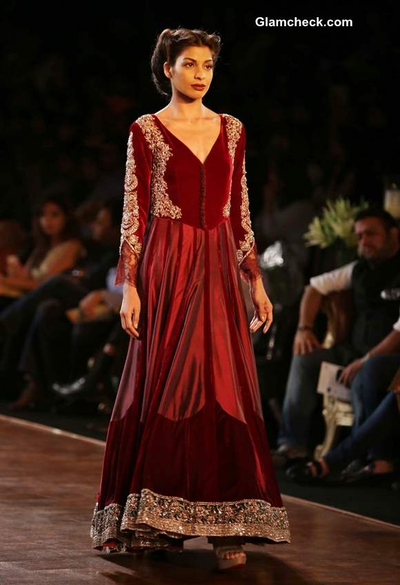 Delhi Couture Week 2013 Grand Finale Manish Malhotra
