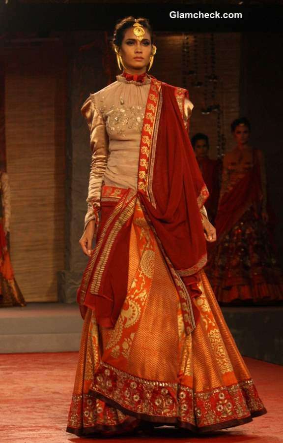 Designer Anju Modi show at the Delhi Couture Week 2013