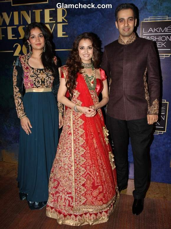 Dia Mirza for Shyamal and Bhumika at LFW Winter-Festive 2013