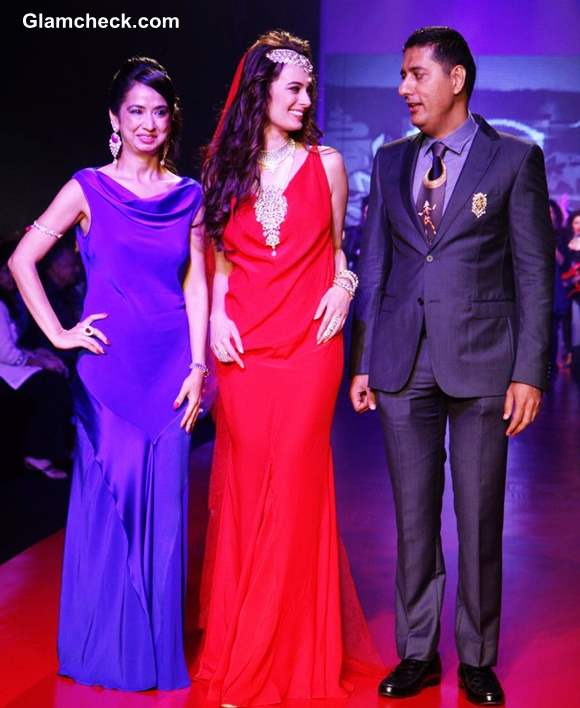 Evelyn Sharma 2013 IIJW Gehna Jewellers