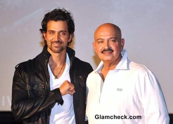 Hritik Roshan with father Rakesh Roshan at Krrish 3 Trailer Launch