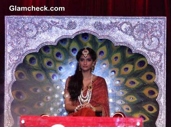 IIJW 2013 Sonam Kapoor