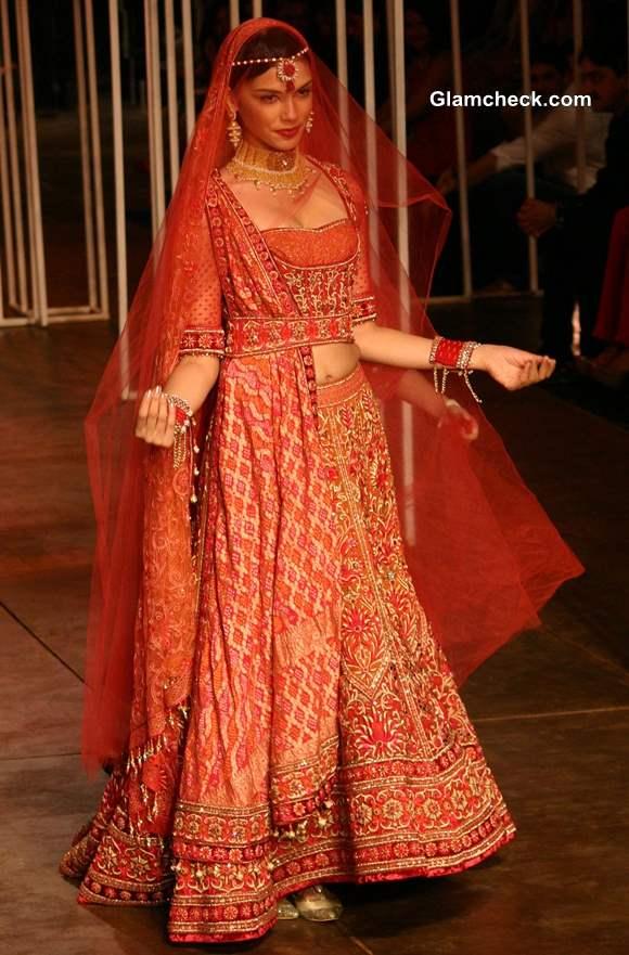India Bridal Fashion Week 2013 Tarun Tahiliani Show
