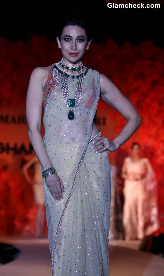 Karisma Kapoor at Ghanasinghs Couture Collection 2013