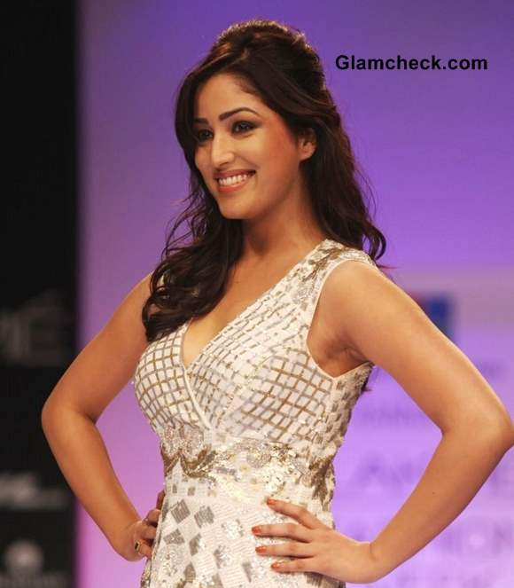 Yami Gautam Showstopper For Ranna Gil At Lfw Winter -3534