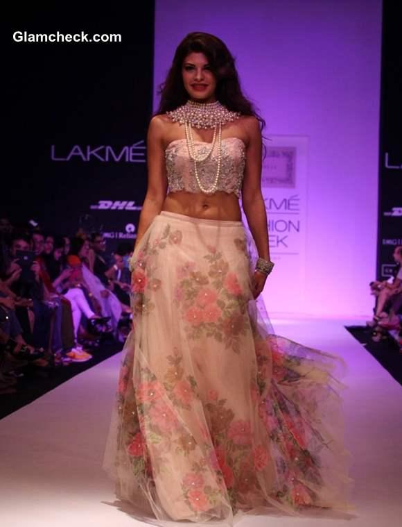 LFW Winter-Festive 2013 Jacqueline Fernandez Show Stopper for Shehla Khan