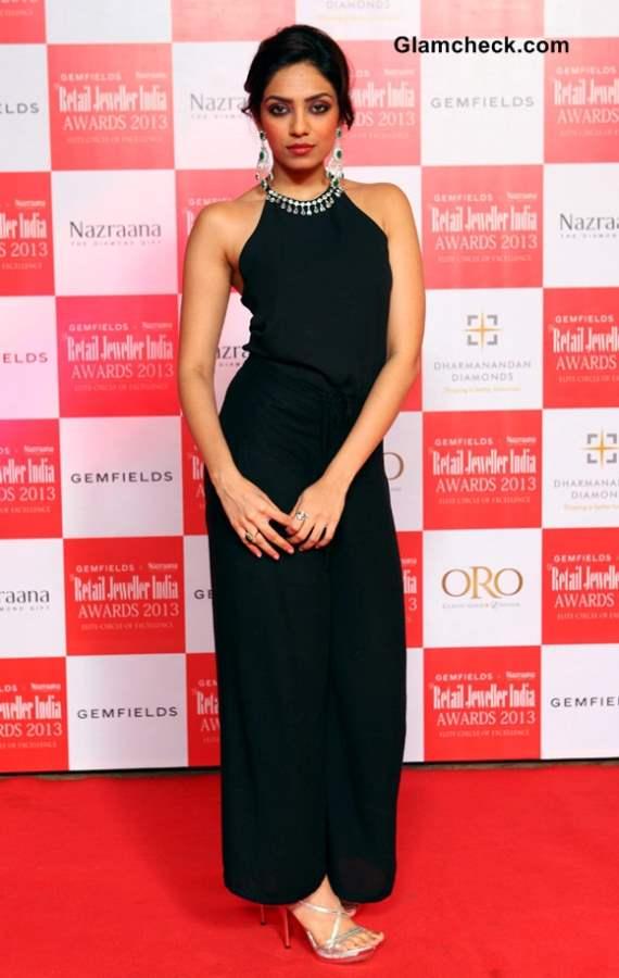 Miss India first runner up Sobhita Dhulipala at Retail Jeweller India Awards 2013