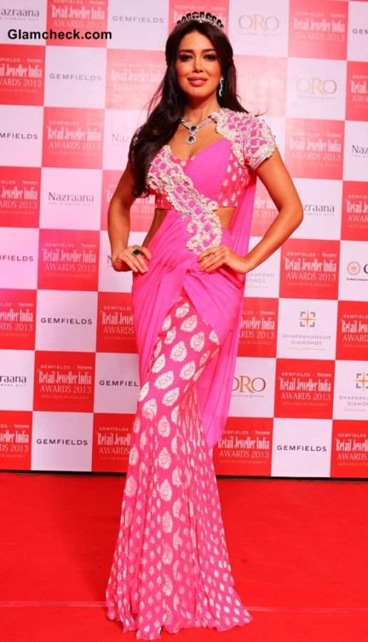 Miss Universe Canada Sahar Biniaz at Retail Jeweller India Awards 2013