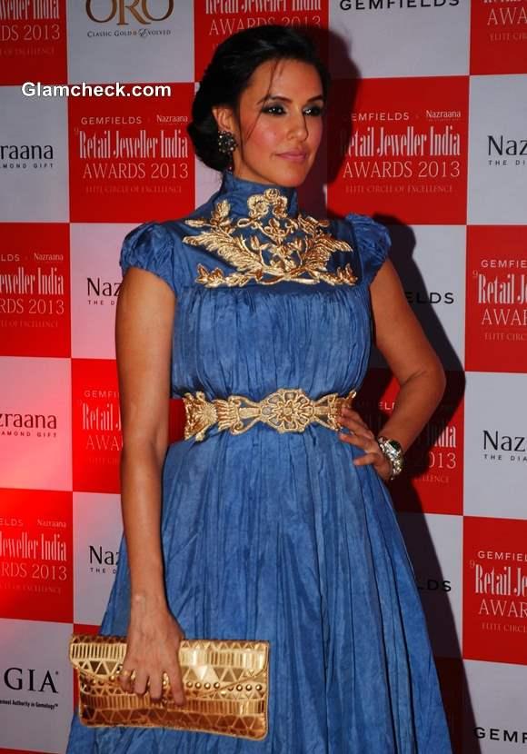 Neha Dhupia 2013 Jewellers Awards