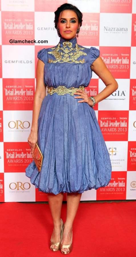 Neha Dhupia at Retail Jeweller India Awards 2013