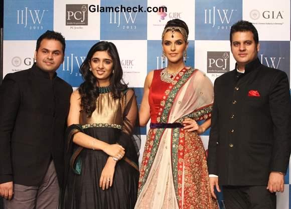 Neha Dhupia for Gitanjali Jewels – IIJW 2013
