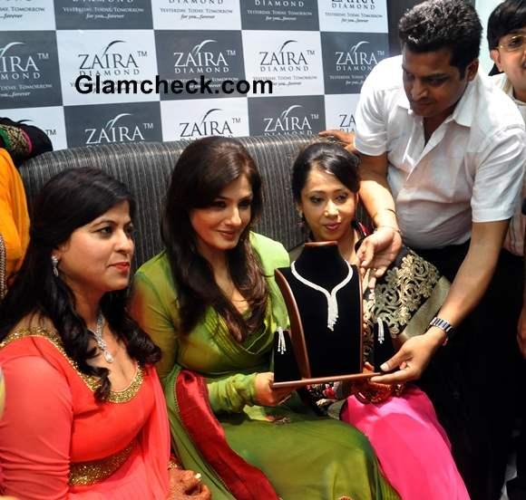 Raveena Tandon Inaugurates 6th ZAIRA Retail Store in Delhi