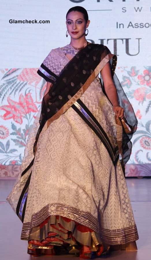 Ritu Kumar Oriflame catalogue