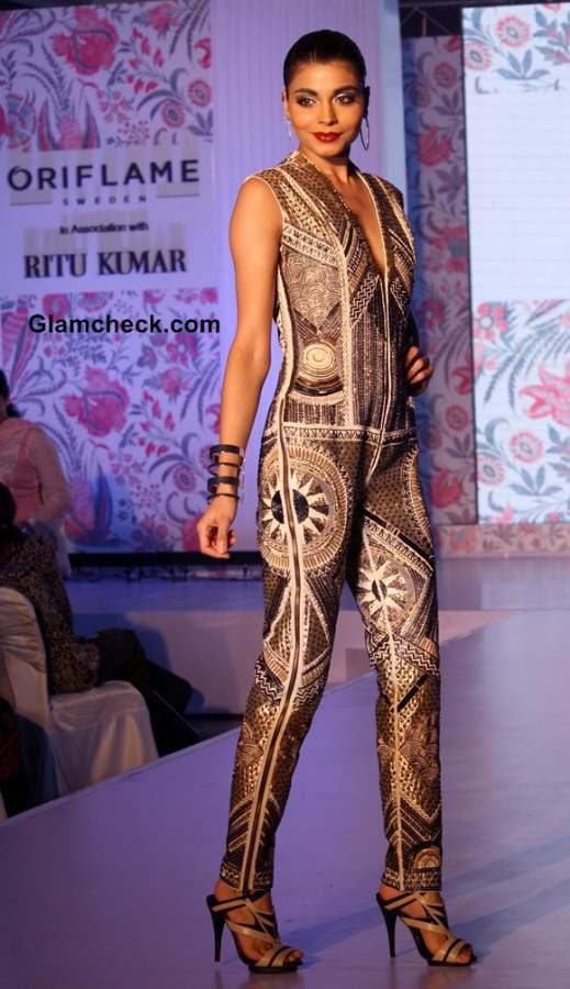 Ritu Kumar collection Oriflame catalogue pictures