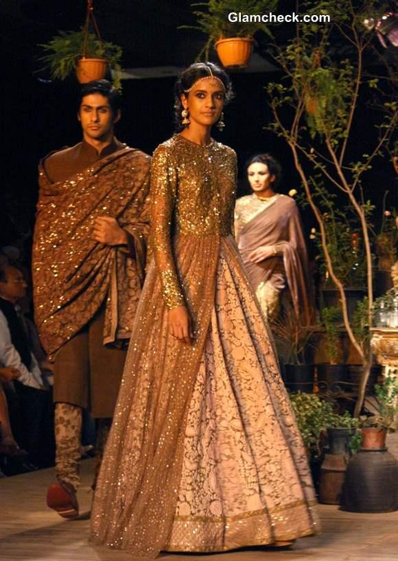 Sabyasachi Bridal 2013 Delhi Couture Week
