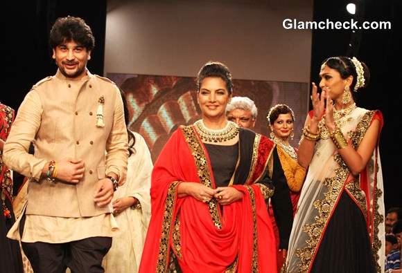 Shabana Javed Show-stoppers for Golecha Jewels at IIJW 2013