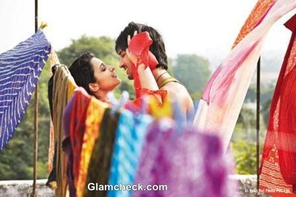 Shuddh Desi Romance - Pictures Parineeti Chopra and Sushant Singh Rajput