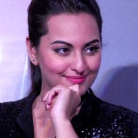 Sonakshi Sinha 2013 Once Upon a Time in Mumbai Dobara 3rd Trailer release