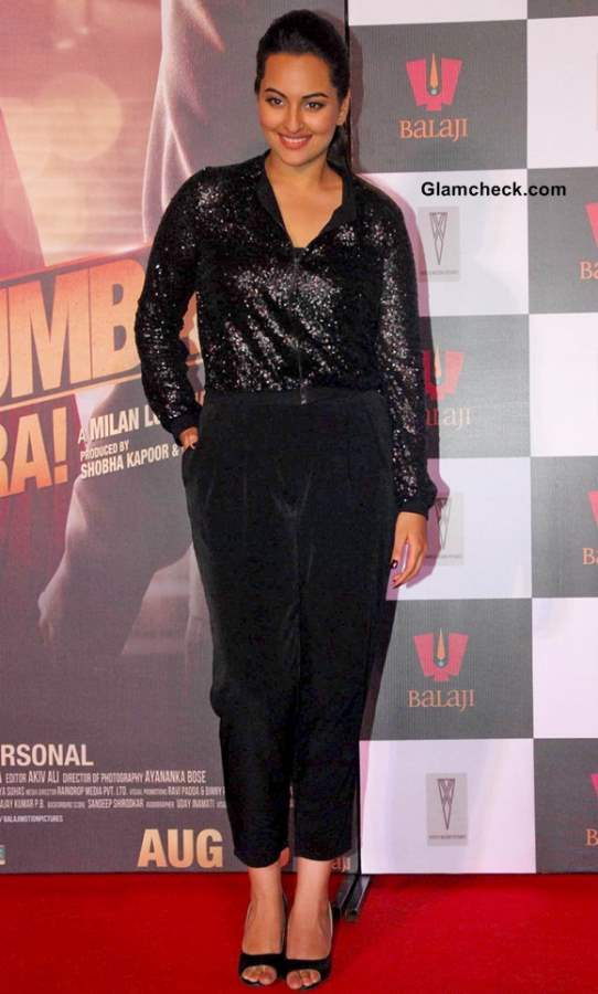 Sonakshi Sinha at Once Upon a Time in Mumbai Dobara 3rd Trailer release
