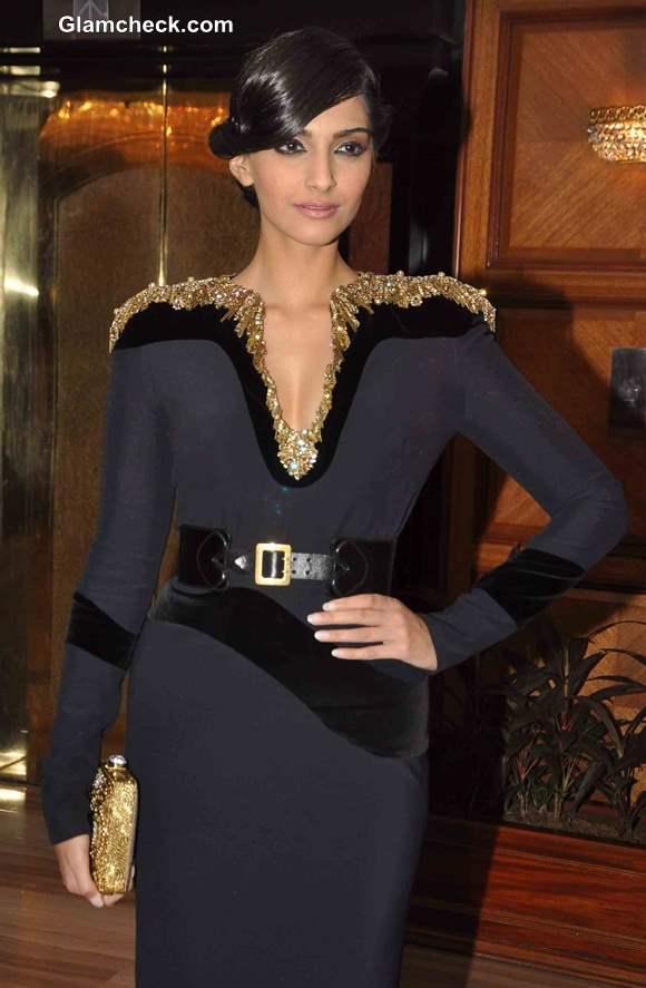 Sonam Kapoor at Vogue Beauty Awards 2013