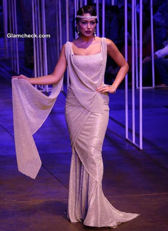 Tarun Tahiliani collection at India Bridal Fashion Week 2013