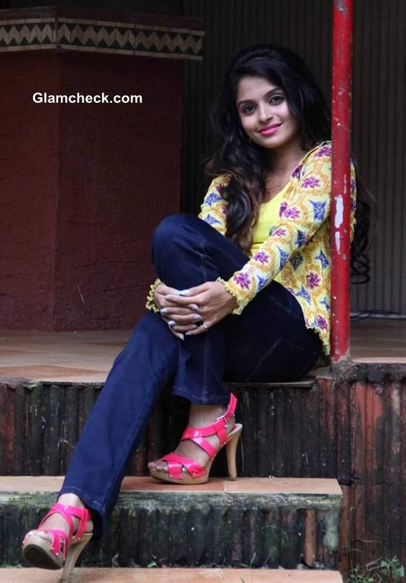 Actress Sheena Rakht movie 2013 pictures