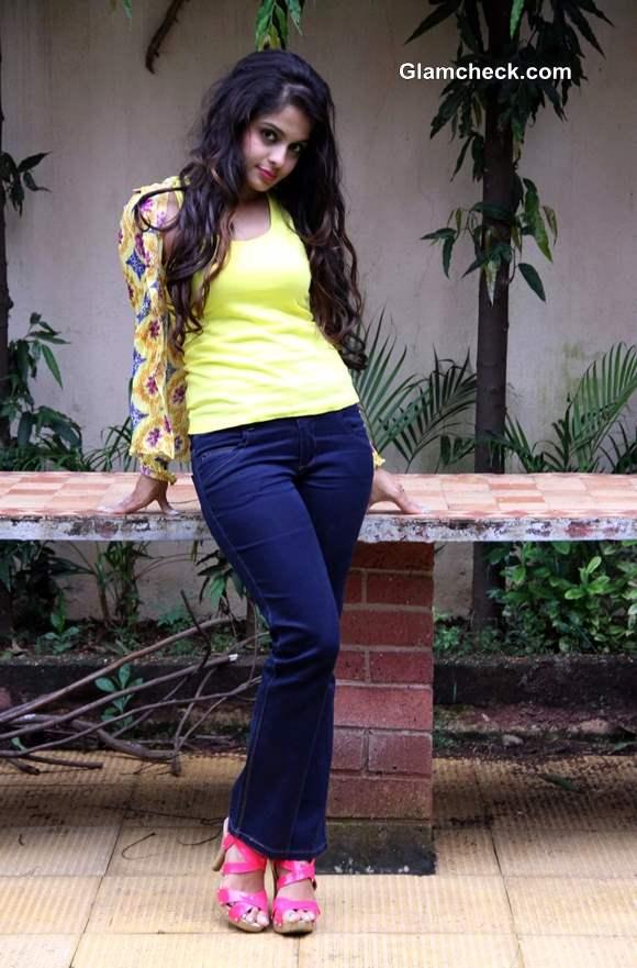 Actress Sheena