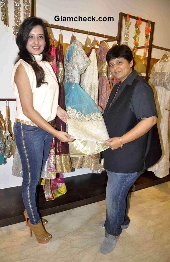 Amy Billimoria creates Navratri 2013 Wardrobe for Falguni Pathak