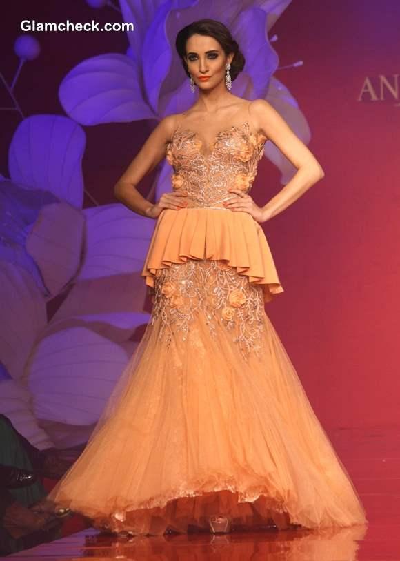 Anjalee Arjun Kapoor Jamawar Aria Couture Collection 2013