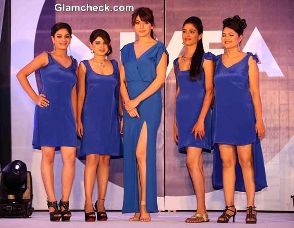 Anushka Sharma Shoots Flaunt your Back Video with Nivea Contest Winners
