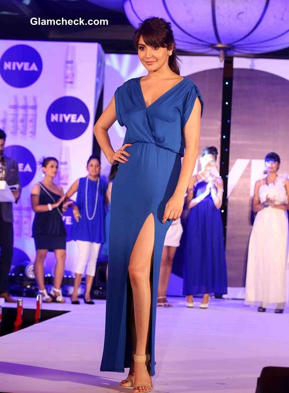 Anushka Sharma in Blue gown at NIVEA Flaunt Your Back Video Rock the Ramp contest