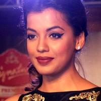 Bollywood Celebrities Sporting The Winged Eyeliner Mugdha Godse