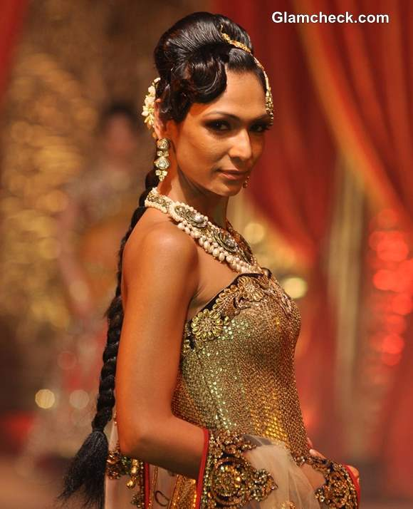 Bridal Couture 2013 Vikram Phadnis Show