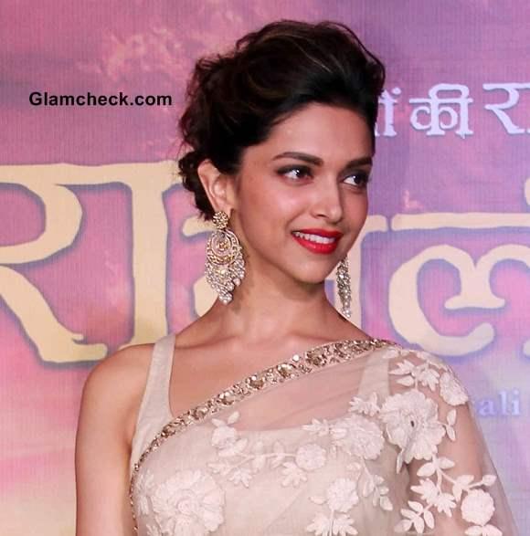 Deepika Padukone in Sari at Ram Leela Trailer Launch 2013