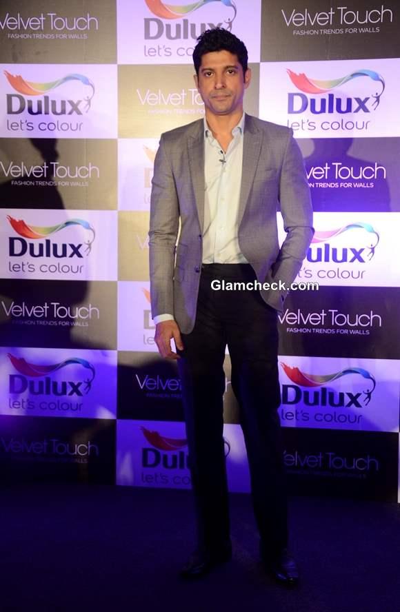 Farhan Akhtar Unveils New Dulux Velvet Touch