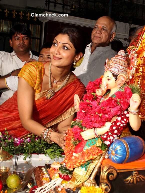 Ganapati Visarjan 2013 Shilpa Shetty