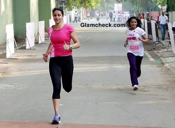 Gul Panag runs Spreads Breast Cancer Awareness