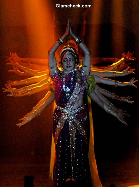Hema Malini Performs During The Pune Festival 2013 in Pune Pictures