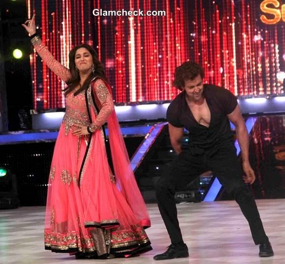 Hrithik Madhuri dance on Jhaak Dikhlaa Ja Season Finale 2013