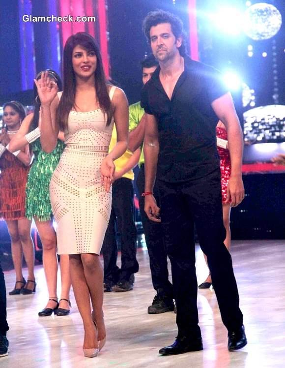 Hrithik and Priyanka Promote Krrish 3 on Jhaak Dikhlaa Ja Season Finale