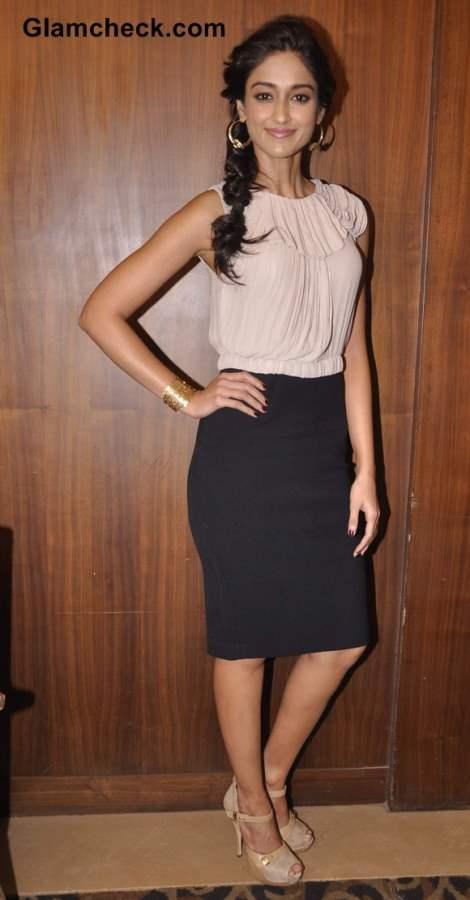 Ileana DCruz Promotes Phata Poster Nikla Hero in beige and black outfit